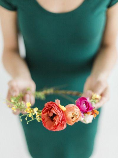 DIY floral halo: http://www.stylemepretty.com/living/2015/06/16/diy-summer-floral-halo/ | Photography: Miranda Hattie - http://www.mirandahattiephotography.com/