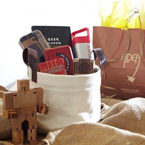 Techie Gift Basket Cute Gift Ideas Pinterest Tech