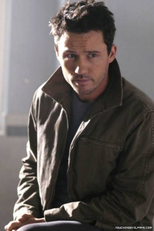 Jeffrey Donovan- the early hotness