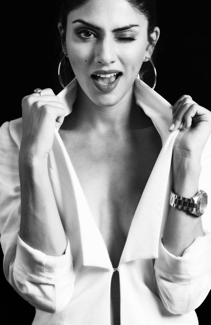 New free stock photo of black-and-white fashion person #freebies #FreeStockPhotos