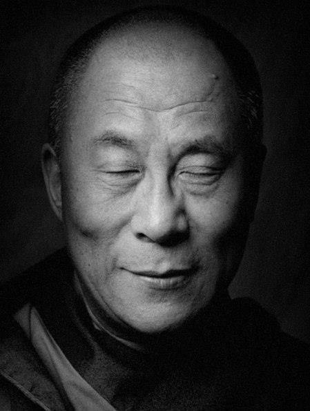 """Однажды я спросил своего учителя о том, как можно распознать духовного человека. И мой учитель ответил: """"Это не то, что он говорит, и не то, каким он кажется, а атмосфера, которая создаётся в его присутствии. Вот что является свидетельством. Ибо никто не в состоянии создать атмосферу, не принадлежащую его духу..."""""""