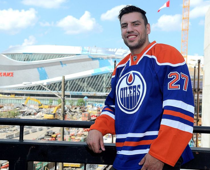 It's been a long time since the Edmonton Oilers shook up the NHL, at least in a good way, but they did just that on Canada Day. General manager Peter Chiarelli landed the biggest name on the NHL's free agent market, signing bruising power forward Milan Lucic to a seven-year, $42 million contract.