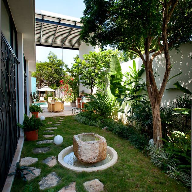 25 best ideas about decoracion de jardines modernos on for Jardines en balcones pequenos