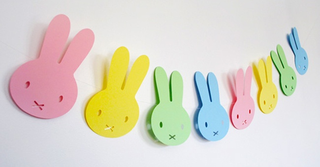 http://www.pintandounamama.es/guirnalda-para-decoracion-fiesta-de-bebe-o-babyshower/