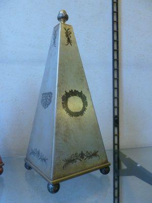 Piramide e/o Lampada Verde Acqua