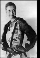 Ethel Waters was one of the most popular African-American singers and actresses of the 1920s. She moved to New York in 1919 after touring in vaudeville shows as a singer and a dancer.