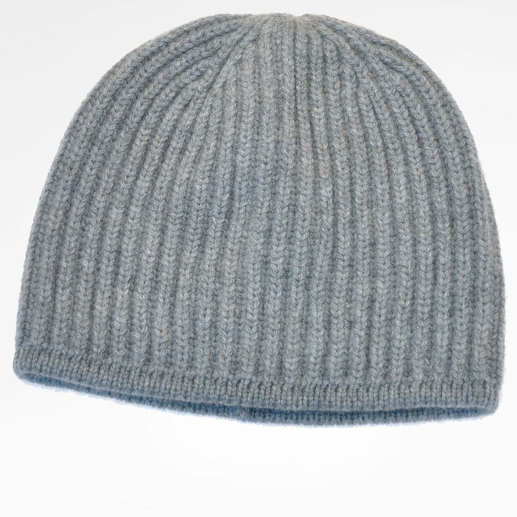 Costa cap. Waffle knit beanie in 100% pure cashmere. Super soft hand feel. Wintry design. Perfect for skiing. Can coordinate with other creations by the same designer.