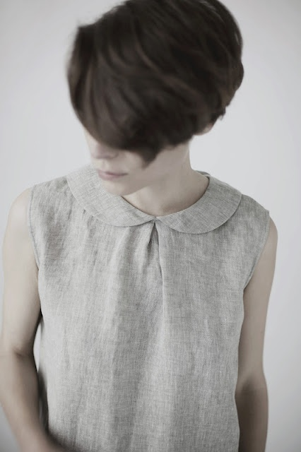 simple pure dress (tie in back)  from muku