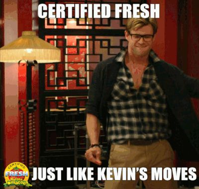 Chris Hemsworth as Kevin in the new Ghostbusters