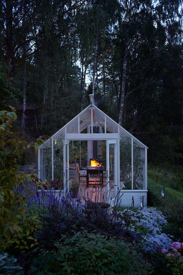 Kika in i Victoria Skoglunds underbara vxthus