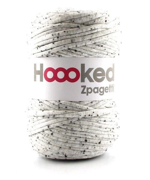 Zpagetti Medium Black Fluff | Hoooked