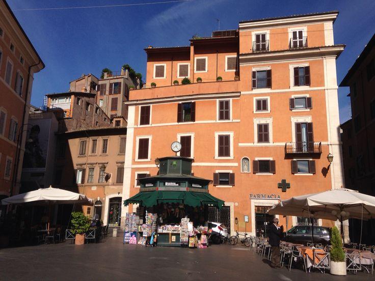 Rome - Piazza San Lorenzo in Lucina - details