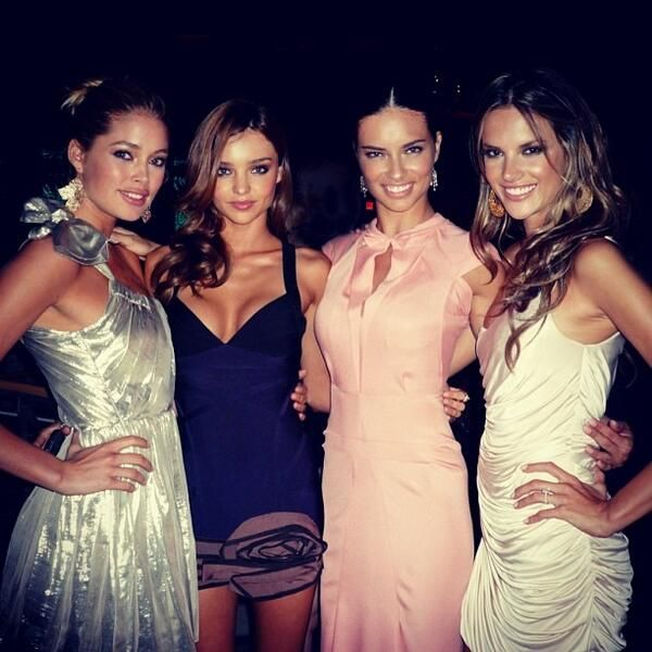 beautiful-miranda: Tbh, the only ones that make current vsfs angels/models that matter (if miranda was one) even if i hate the finger point...