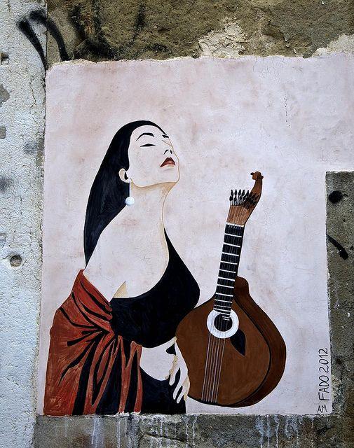 Street Art Le Fado à Lisbonne