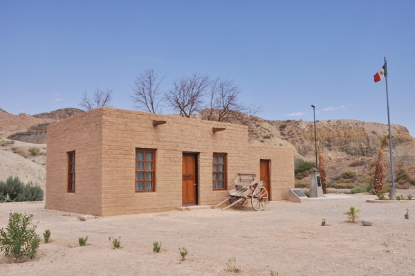 1000 images about on pinterest chihuahuas el paso and image search - How to build an adobe house ...