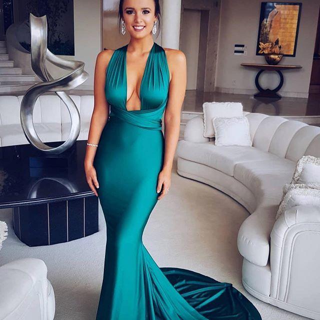 Emerald obsession! The Liliana multiway gown by #portiaandscarlett and #SHAIDE  .  .  .  .  .  .  #mermaid #gowns #prom #formal #debs #debutanteball #eveningwear #formaldress #dressingup #girlsnightout #graduation #ballet