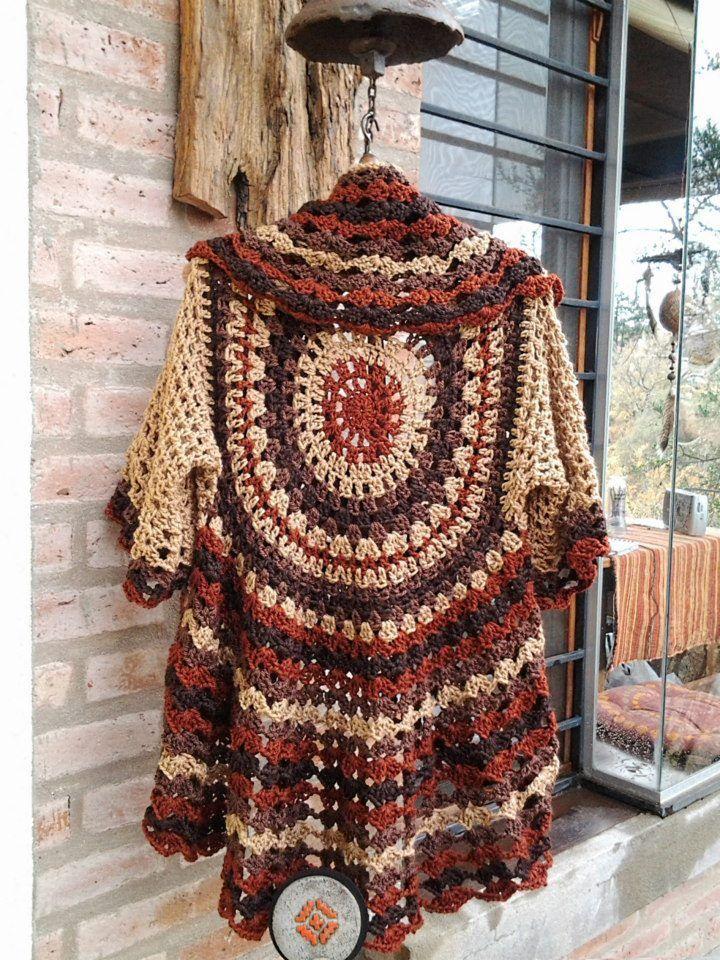 Chorrilho de ideias: Casaco circular beije tijolo e castanho em crochet...