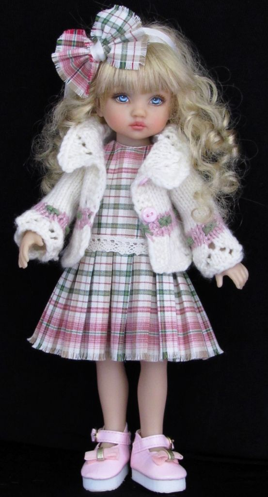 SWEATER,DRESS,HAT&MONIQUE BOOTS SET MADE FOR EFFNER DOLLS