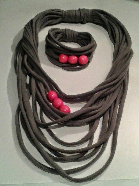 Naszyjnik:bransoletka bawełna.                                  T-shirt necklace bracelet