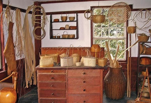 The shakers shops baskets and basket weaving for Williamsburg craft house catalog