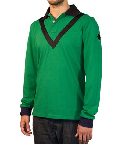Green Polo shirt with long sleeves, 100% cotton.  This Polo shirt has its collar and a triangular stripe around the neck colored in black. The light green button holes and threads, the grey neck tape and the black star on the left sleeve are remarkable details of this garment. http://www.tailor4less.com/en/collections/custom-polo-shirts/stylo/mastin