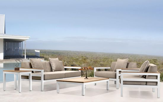 Horizon Classic Lounge Suite. Powder Coated Aluminum, Kiaat Wooden Arm Cladding. Outdoor Patio Furniture. Removable Cushions. Outdoor Covers Available. Customizable Frame, Fabric and Polycane Colors.