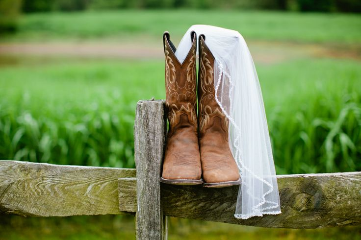 Cowboy Boots Veil Rustic Wedding Details Country