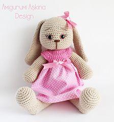 Ravelry, #crochet, free pattern, Amigurumi, polka-dot bunny, stuffed toy, #haken, gratis patroon (Engels), konijn, knuffel, speelgoed, #haakpatroon