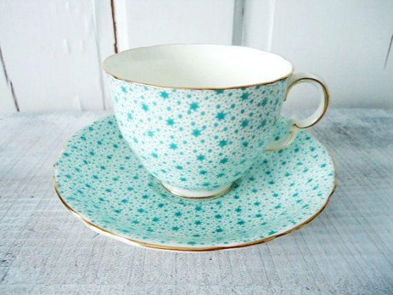 I love vintage tea cups and sets