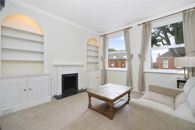 2 Bed Flat For Sale, Fulham Palace Road, London SW6, with price £550,000. #Flat #Sale #Fulham #Palace #Road #London