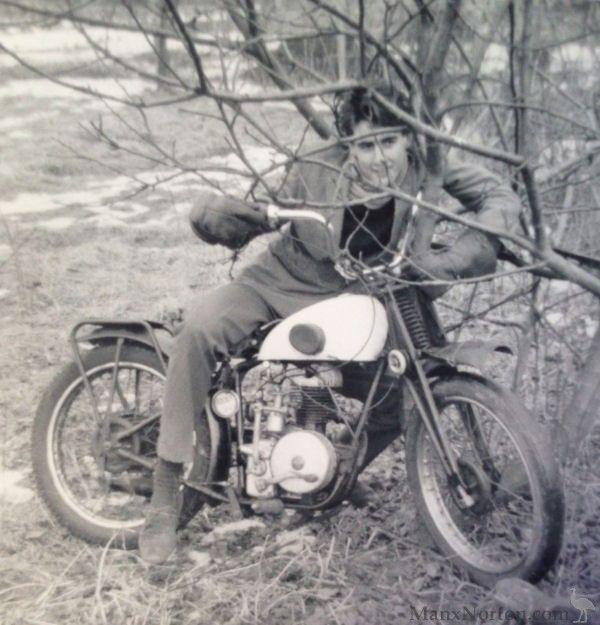 British Motorcycles Vintage Cars Vintage Motorcycle