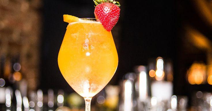 🍾🍹 Et oui, on met des #bulles jusque dans nos #cocktails ! 🍾 🍹 #LaChampagnerie #drink