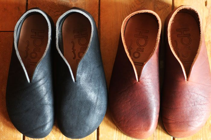 HARMONICS / soft comfort These are like house slippers but made out of soft leather