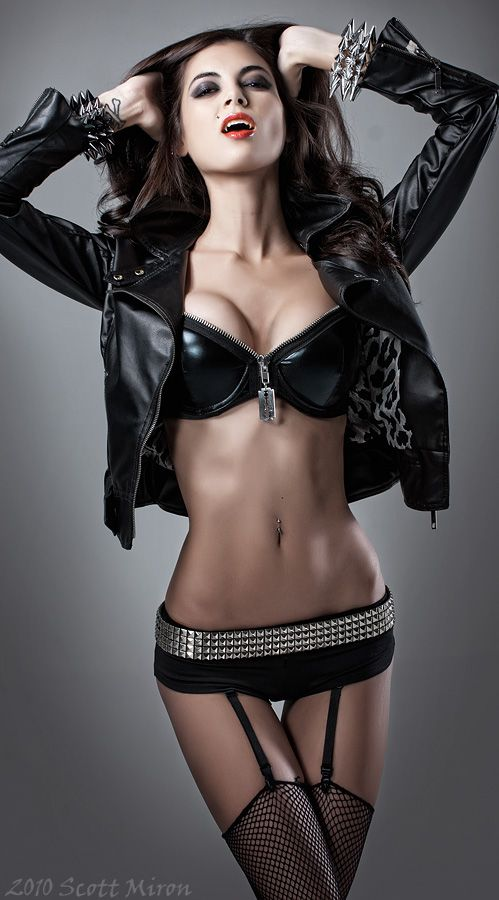 Sexy Goth Girl Halloween Makeup - YouTube