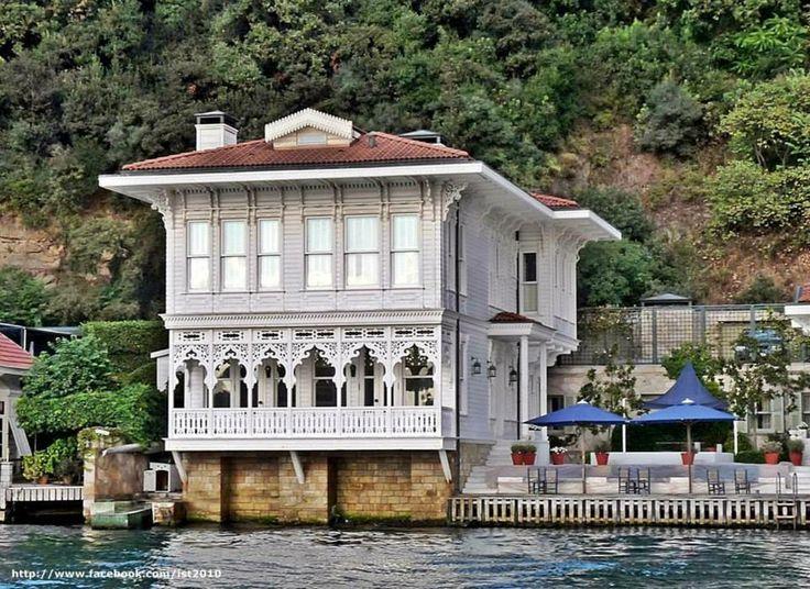 Yali (waterside residence) on Bosphorus, Istanbul. Turkey.