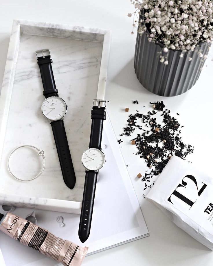 Christmas has come early in our house (well for myself and Dylan anyway) and I am in love! Thank you @danielwellington for our beautiful matching watches! You can grab yourself one or two for 15% off with the code BLONDEANDBONE #danielwellington by blondeandbone