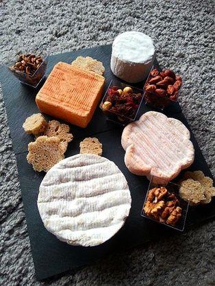 RECIPAY.COM - Plateau de fromages aux fruits secs
