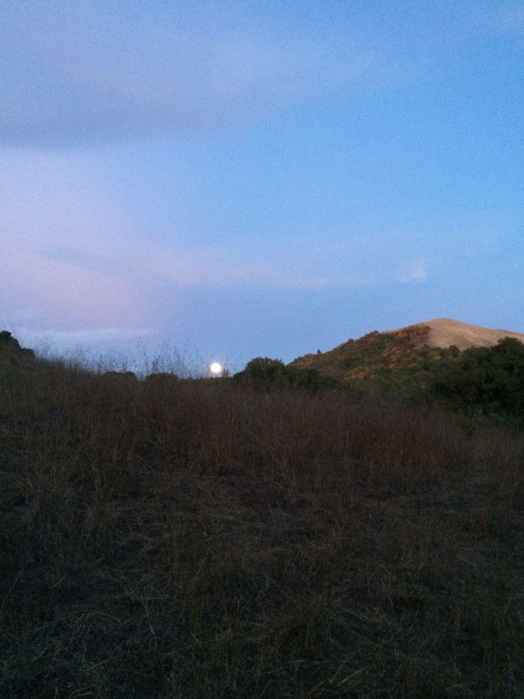 Moon rise. Sugarloaf State Park, CA