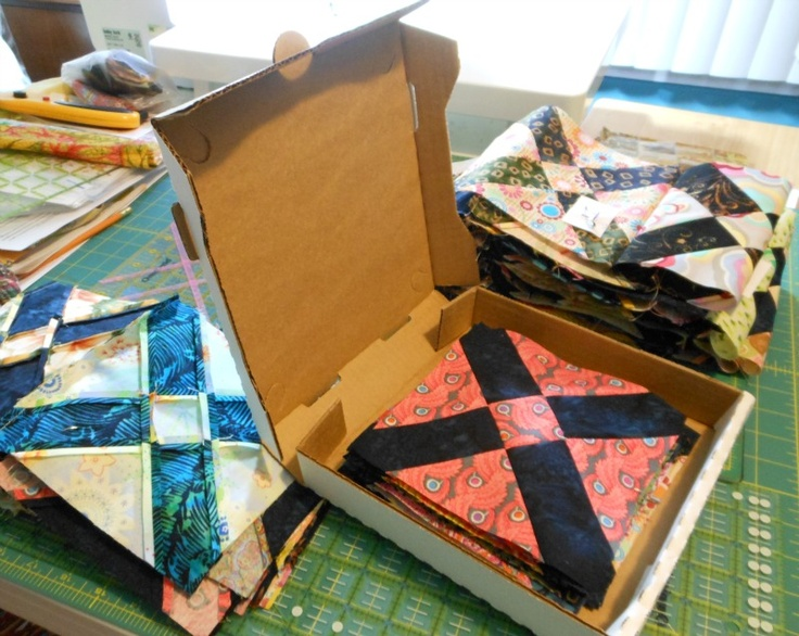 pizza box quilt swap!! fill a pizza box with enough yardage to ...