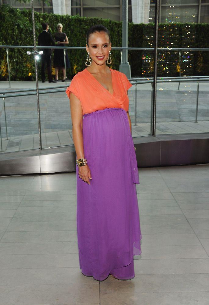 looking fashionable while pregnant: Colorblock Fashionmoms, Dress Fashion, Baby Bump, Dresses, Maternity Style, Bump Style, Fashion Blog, Belly Fashion, Pregnancy Fashion