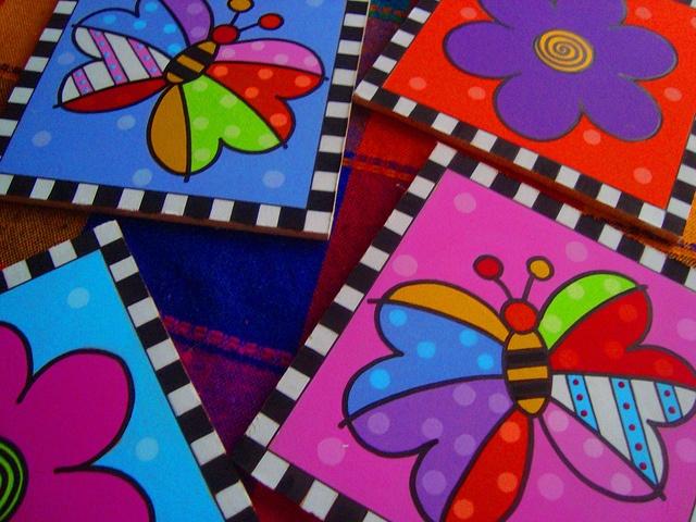 Mariposas y Flores by rebeca maltos, via Flickr