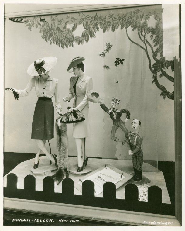 Bonwit Teller store window, New York, 1940s