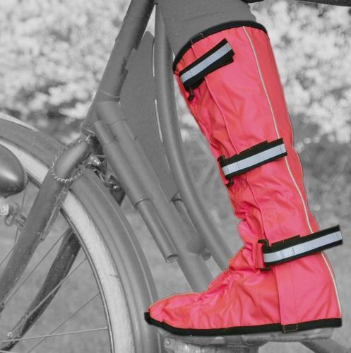 Knee-length protection: #Waterproof #overshoes with reflective straps and rubber toe.