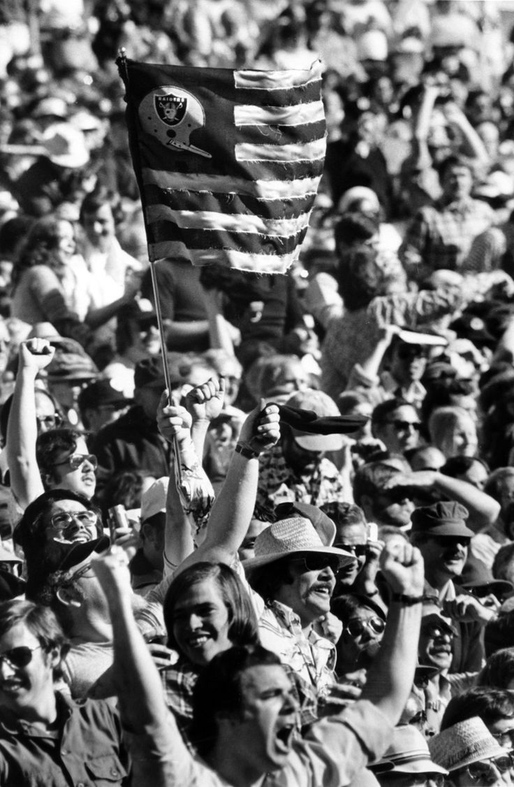 "The start of the 2013 NFL season marks the return of ""Raiders Sunday."" Join us every Sunday September 8 to December 29 for your weekly dose of vintage Oakland Raiders. Fans at the December 29, 1975 game above by Ron Riesterer / Oakland Tribune."