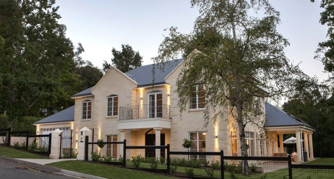 STIRLING > Client Homes > Our Homes > Medallion Homes