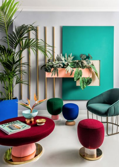The whole of Europe is excited and introducing Memphis back into their lives; this gorgeous composition is from MilK decoration exploring the use of block colour and shape.