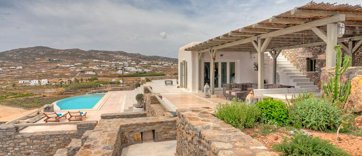 The property of the day is Kyma. In the beautiful location of the Ftelia beach, particularly popular with windsurfers, Kyma villa overlooks the sea accessible from the property. Discover all the features on.. http://www.mykonosvillas.com/our-villas/kyma