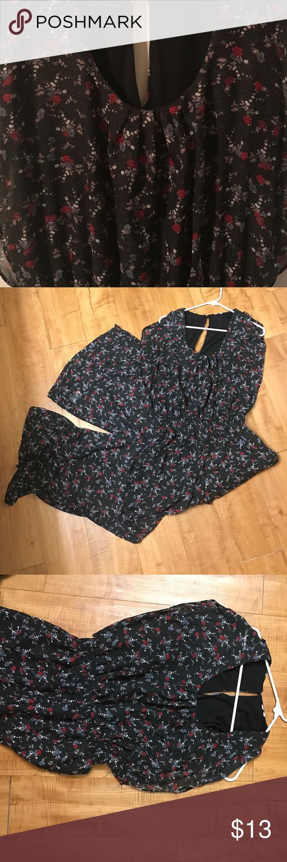 Floral jumper Super cute flowy jumper! In great condition. Tags have been cut off so I don't know exact size but I'd say probably a Large. I'm a L/XL and it fits me everywhere except my hips. Other