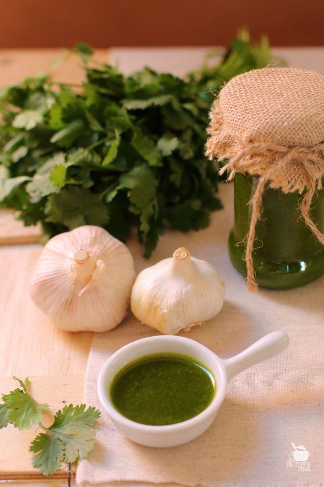Receta de mojo verde de cilantro, receta tradicional canaria.