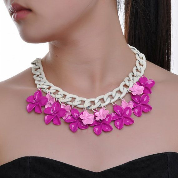 FJ Fashion White Chain Pink Rosy Flower by Glamorosajewelry